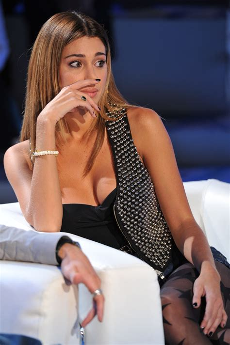 candid all italiana belen rodriguez candids on italian tv show 13 fabzz