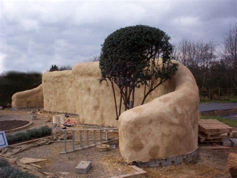 straw bale wall earthship