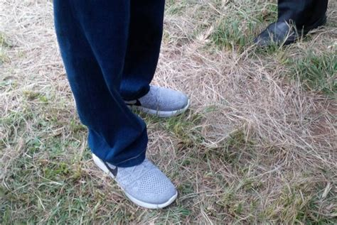Sepatu Nike Jokowi ini sepatu nike digunakan jokowi yang jadi viral