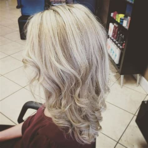 hairstyles for 50 with low lights 50 stunning hairstyles with highlights and lowlights for