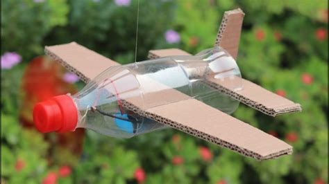 How Do You Make A Airplane Out Of Paper - how to make flying airplane using cardboard and coke