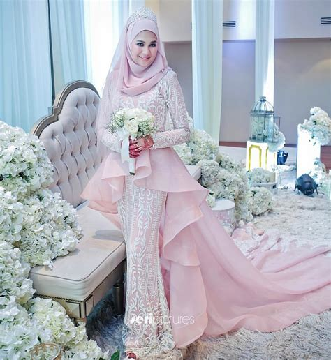 Kebaya Pengantin Wanita Duyung 14 model baju pengantin 2018 terbaru desain modern mewah