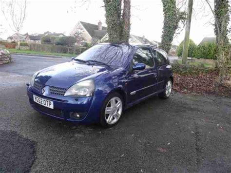 Renault 2002 Clio Sport 172 Blue Half Leather Interior