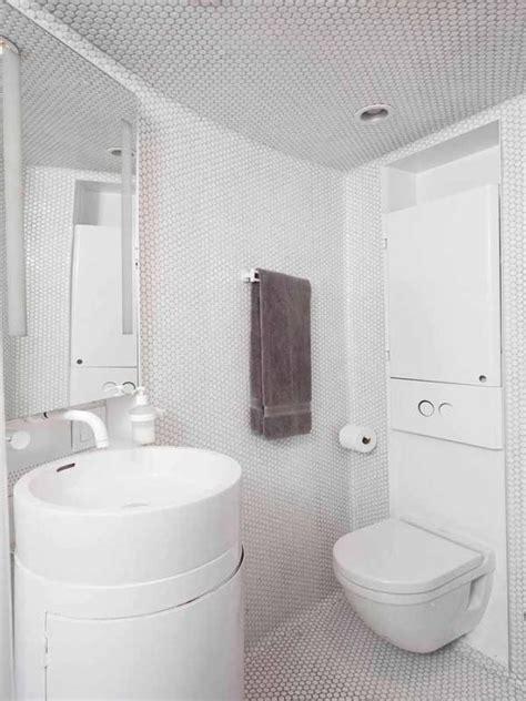 membuat harum kamar mandi 6 cara membuat kamar mandi kecilmu terasa lebih luas