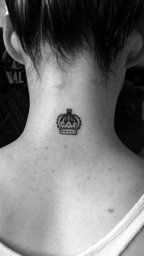 simple crown tattoo 25 best ideas about simple crown on