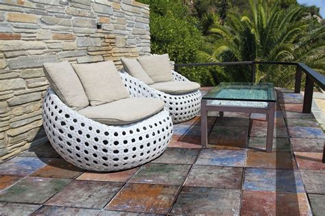 Patio Ceramic Tile by Top 15 Outdoor Tile Ideas Trends For 2016 2017