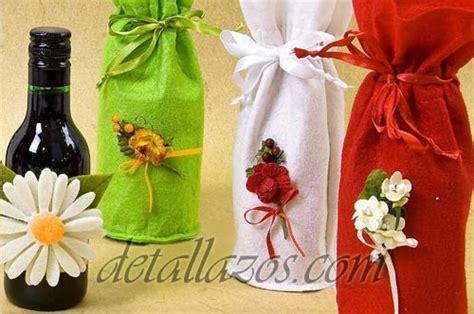 como decorar botellas de licor para xv años bolsas decoradas para botellas vino 1 detalles para bodas