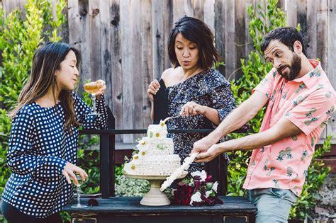 Piñata Wedding Cake ? HonestlyYUM