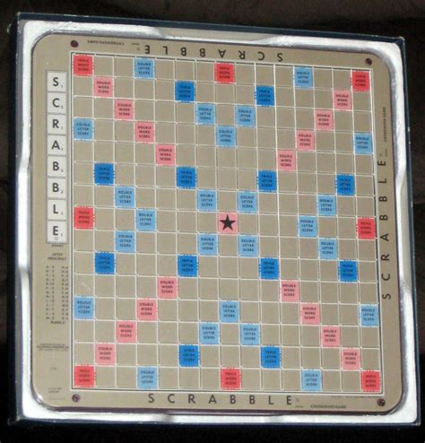 turntable scrabble board sold scrabble deluxe turntable board recessed plastic 1982