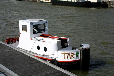 boat trip newark canal narrowboats boats for sale services and advice at