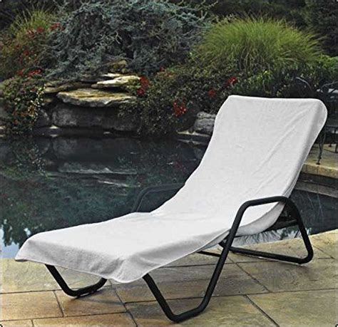 Hotel Pool Lounge Chairs by Best 25 Pool Lounge Chairs Ideas On