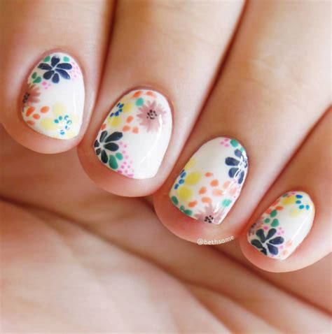flower pattern on nails 20 flower nail art ideas floral manicures for spring and