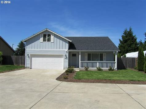 houses for sale eugene oregon 141 kourt dr eugene or 97404 us eugene home for sale galand haas real estate