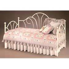 shabby chic daybed bedding lizzie s big room on big rooms