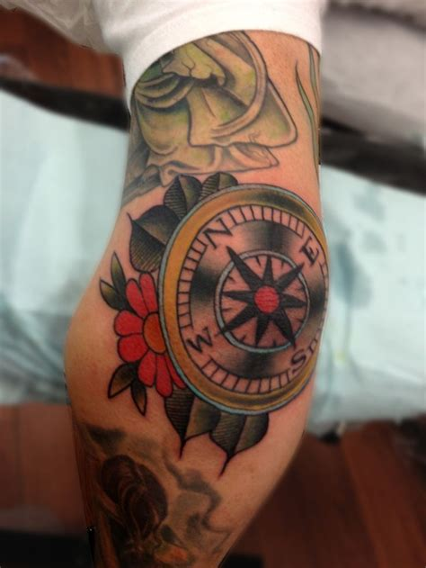 traditional compass tattoo compass jpg 1696 215 2261 traditional