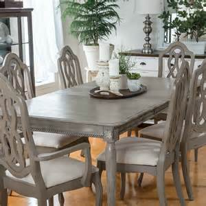 Painted Dining Room Furniture by 25 Best Ideas About Dining Table Makeover On Pinterest