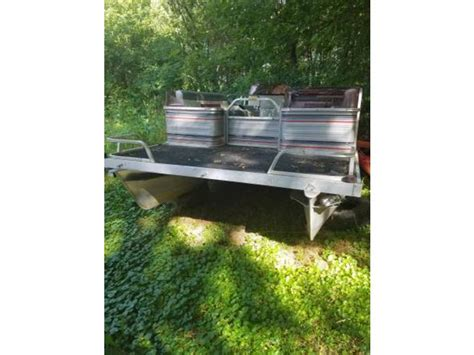 catamaran for sale wisconsin 1996 lowe pontoon powerboat for sale in wisconsin