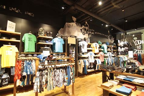 Shopping Light Retail Shop Lighting Project For Quiksilver Store