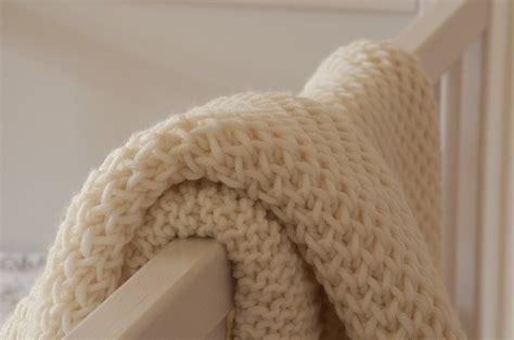 uncinetto copertine culla copertina culla a maglia alluncinetto it