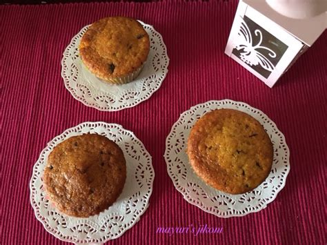 delighted today to have eight additional delicious muffins to mayuri s jikoni 269 orange carrot muffins