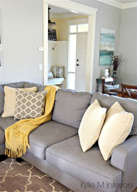 how to make a living room feel cozy 25 best ideas about yellow room decor on yellow gray turquoise yellow gray