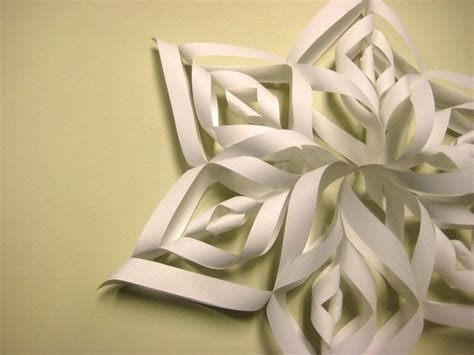 How To Make 3d Paper Snowflakes - beautiful paper snowflake 183 how to make a snowflake