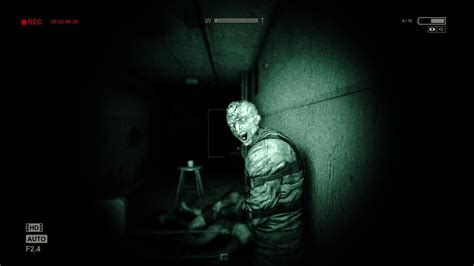 film horror game videogame review outlast funk s house of geekery