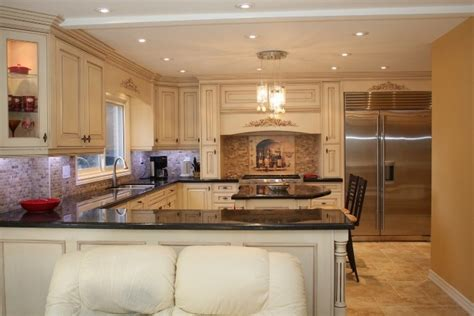 where to buy cabinets for kitchen things you should know about where to buy kitchen cabinets