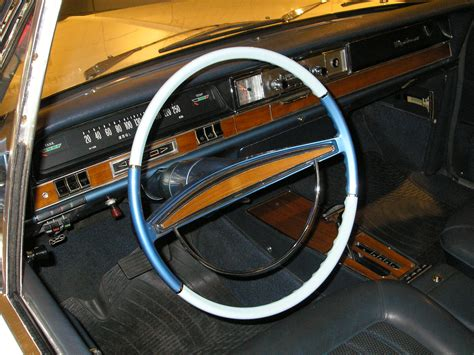 File Opel Diplomat Interior Jpg Wikimedia Commons