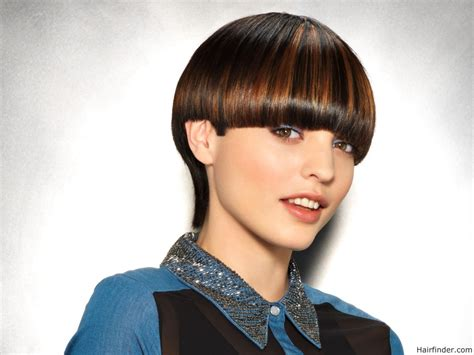 bowlcut ladies short hair styles short bowl cut with a long neck and highlights