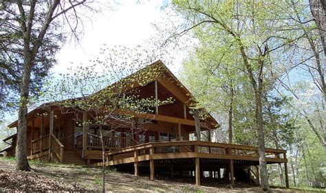 eagle lake cottage rentals war eagle estate lake house vacation rentals war eagle