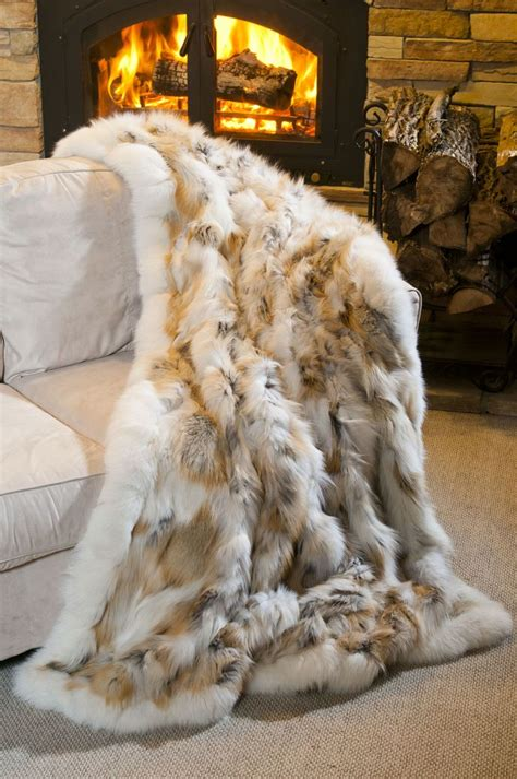 Best Faux Fur Blanket by 17 Best Ideas About Fur Blanket On Faux Fur