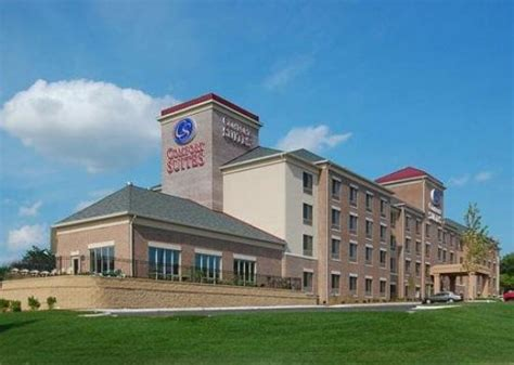 comfort suites milwaukee wi comfort suites park place milwaukee wi hotel reviews