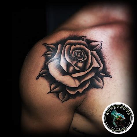 what goes good with rose tattoos 1000 images about realistic on