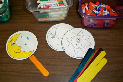 sun and moon crafts for preschool moon crafts