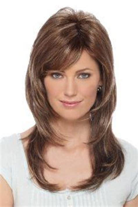 layered hair for more volume on crown hair layered at crown layered bob with volume at crown