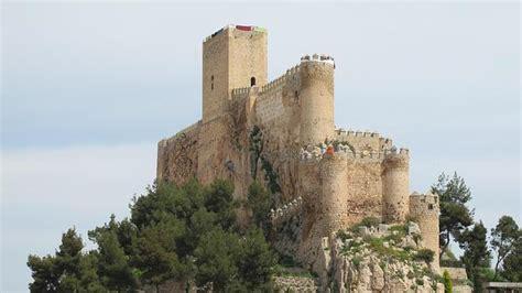libro castillos y fortalezas de tras las huellas templarias por tierras y fortalezas de castilla la mancha ciudad real
