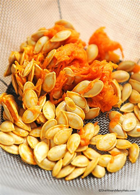 how to do a pumpkin spicy toasted pumpkin seeds recipe