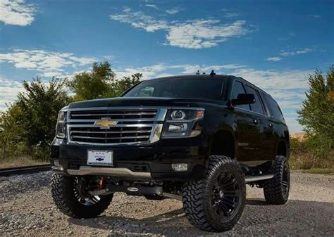 chevrolet suburban lifted 2015 chevrolet suburban z71 lifted live the