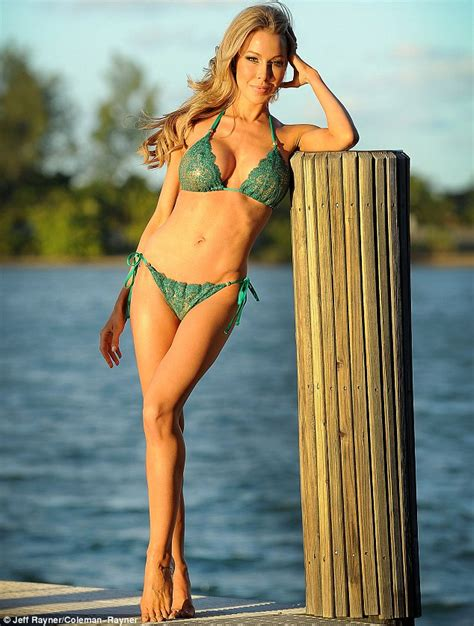 lisa hochstein do before she married lisa hochstein shows off one hot housewife body daily