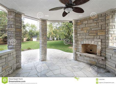patio couvert la a couvert le patio photo stock image 12662960
