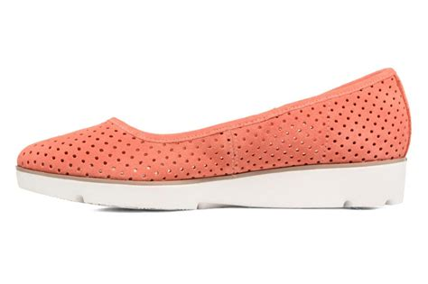Clarks Evie Buzz Coral Suede Coral clarks evie buzz womens coral suede andrew pablico