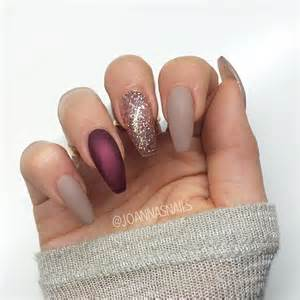 maroon color nails 13 burgundy nails that will catch your eye