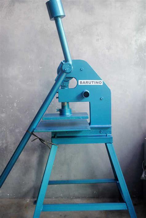 Mesin Pisau Pond alat pres manual hidrolik barutino sandal