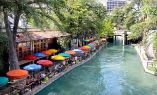 Tx Riverwalk Riverwalk Plaza San Antonio Tx Traveller