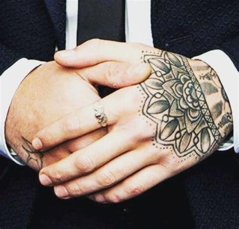cross finger tattoo zayn malik 635 best zayn javvad malik images on pinterest zayn
