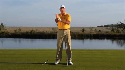 mike bender golf swing watch driving mike bender clubhead speed golf digest