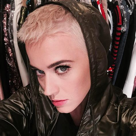 katy perry new hair cut katy perry s april 10 was pretty eventful breaking music