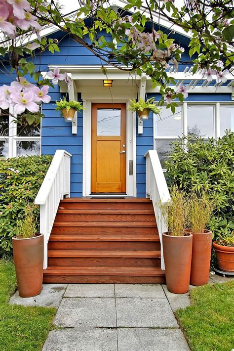 pin  amy mundy  front porch ideas front door steps
