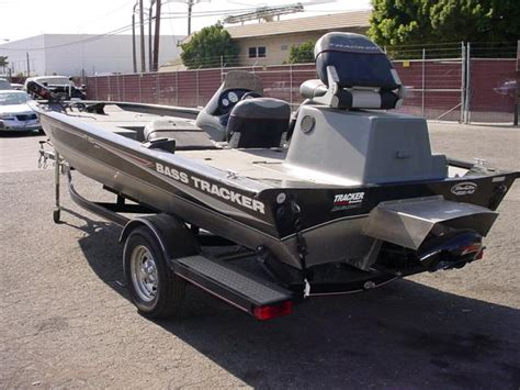 bass boat jet outboard bass tracker pro team 18 page 1 iboats boating forums